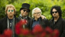 "Il tour dei Toto ""40 Trips Around The sun"" arriva a Marostica, Roma e Lucca"