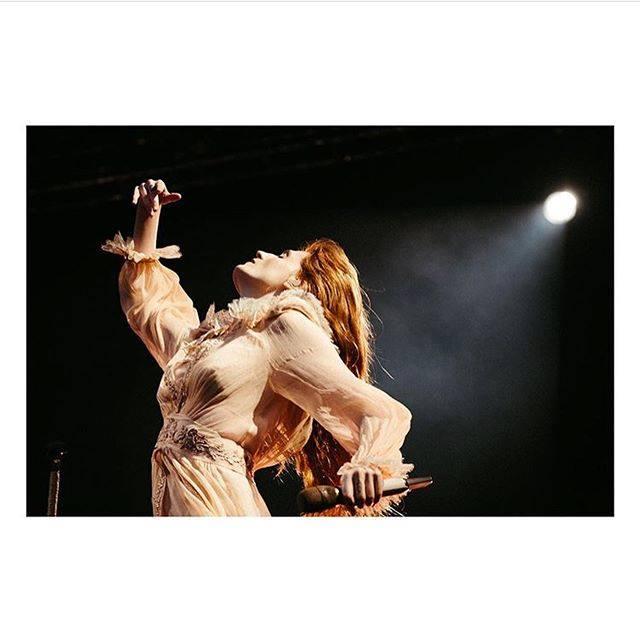 Proposta di matrimonio al concerto di Edimburgo di Florence and The Machine