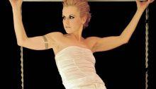 Dolores O'Riordan il 6 settembre avrebbe compiuto 49 anni