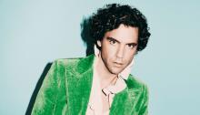"""Mika torna con il nuovo brano """"Sanremo"""" e arriva in Italia per 12 tappe con il """"Revelation Tour"""""""