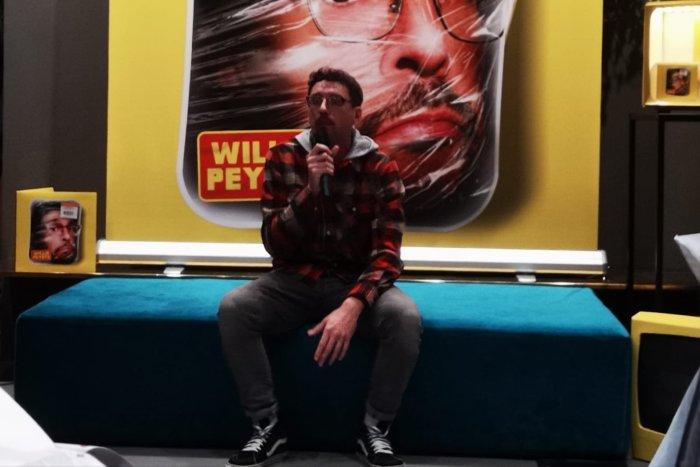 """È stato presentato oggi a Milano """"Iodegradabile"""", il nuovo album di Willie Peyote in uscita il 25 ottobre sul mondo di oggi e sulle relazioni interpersonali"""