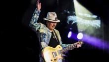 """Carlos Santana il 14 marzo a Bologna con il suo """"Miracolous 2020 World Tour"""""""