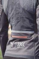 20SS_xRT_xBionic_Athlete-Shoot_Erika_Kinsey_01_Run_Rainsphere_Jacket_0126_RGB