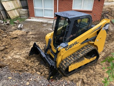 New Gehl Track Loader delivers for long-term Mustang