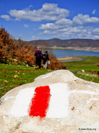 Trail marking in progress, a map with route descriptions is available.