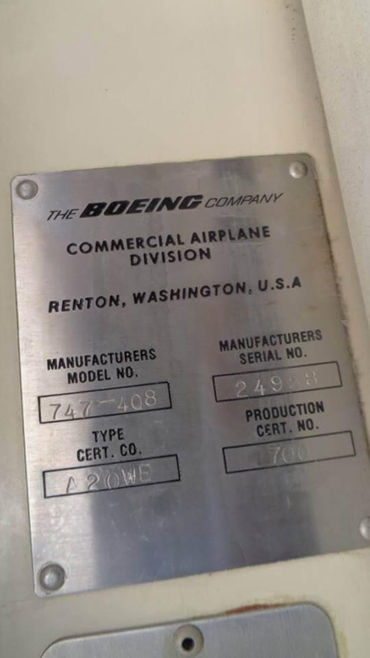 Placa identificativa del 747-400 en venta en ebay