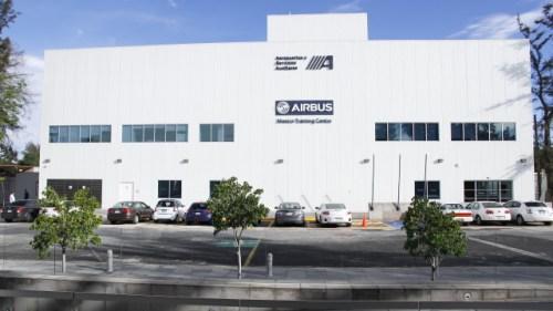 El nuevo centro de capacitación cuenta con más de 2,500 metros cuadrados.