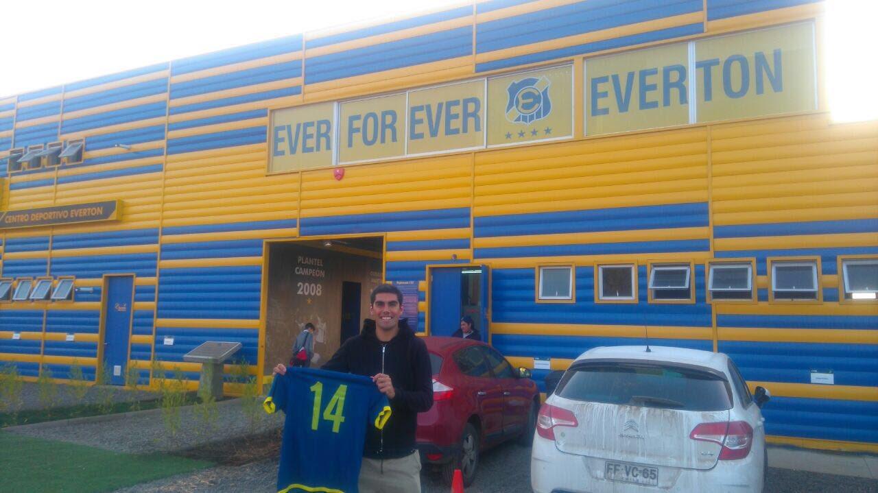 Sebastián Varas vuelve a su casa: Everton lo confirmó