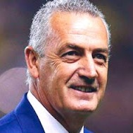 DT. Gustavo Alfaro (ARG)