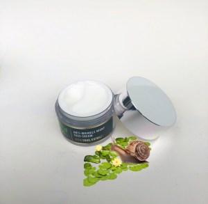 Snail secretion night face cream