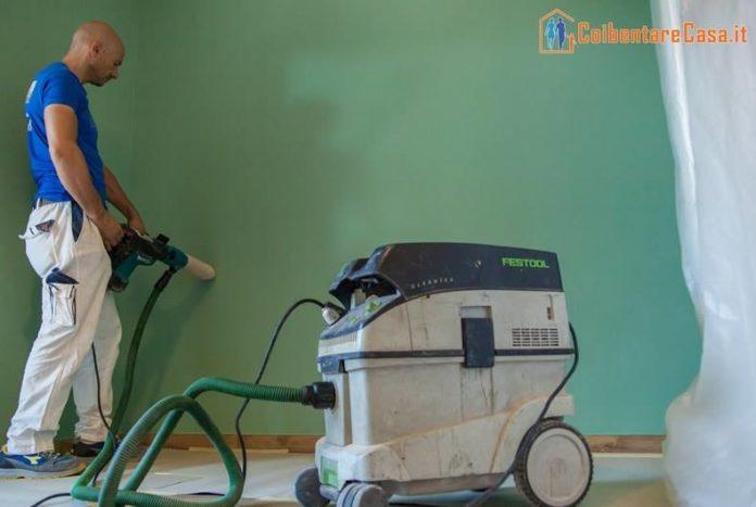 inserimento-isolante Ottenere un reale risparmio energetico in casa è possibile grazie all'isolamento termico interno Guide Risparmio Energetico