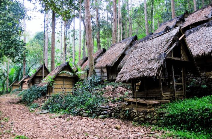 Mengenal Suku Baduy: Asal-Usul, Kepercayaan dan Aturan Kunjung (Bagian 2)