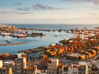 Containerhafen Piraeus - Beispiel für Wechselspiel von Geostrategie und Energiewende