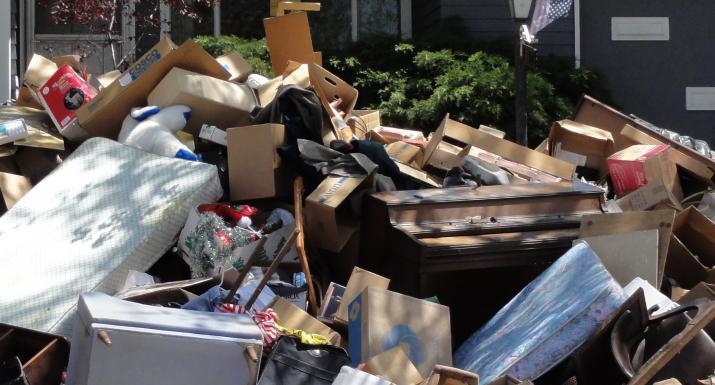 Foreclosure scene