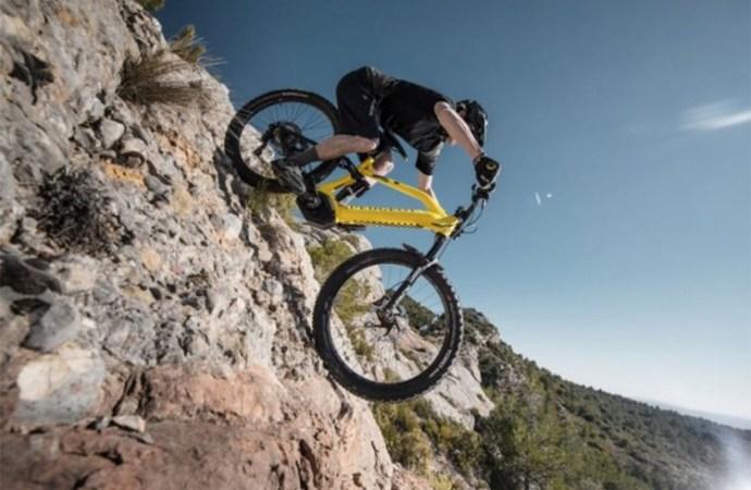 Peugeot električni planinski bicikl