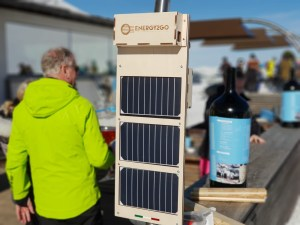 Wood SunPoweredStation