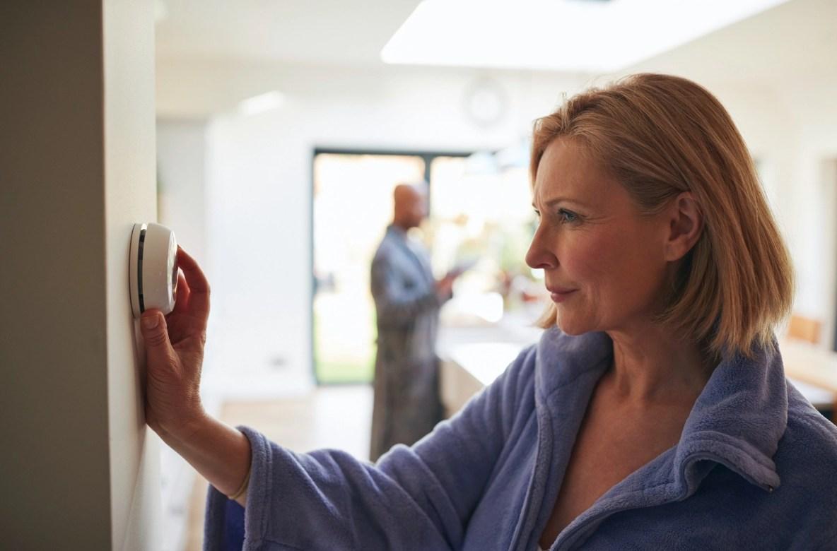 Four Easy Ways to Reduce Home Energy Usage in Iowa City and Cedar Rapids, Iowa - Home Window Tinting in Iowa City and Cedar Rapids, Iowa