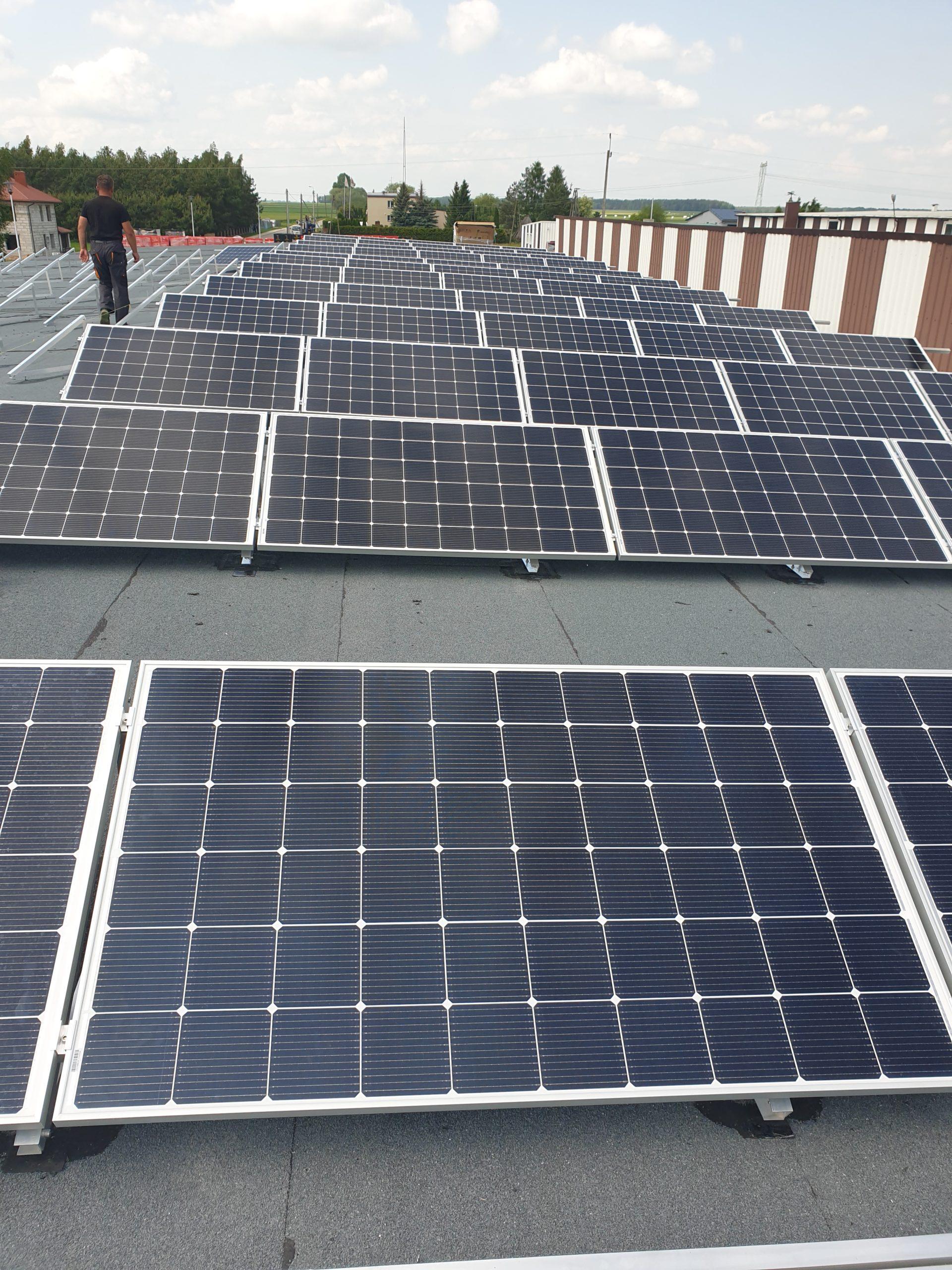 Instalacja 36 kW na dachu płaskim