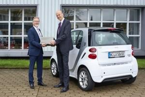 autobatterien-energiespeicher-kooperation-daimler-enercity