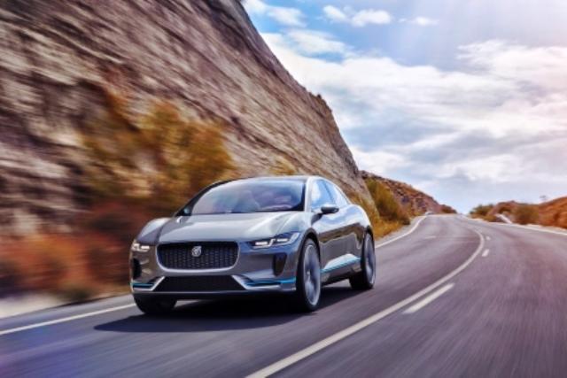 jaguar-elektroauto-laden