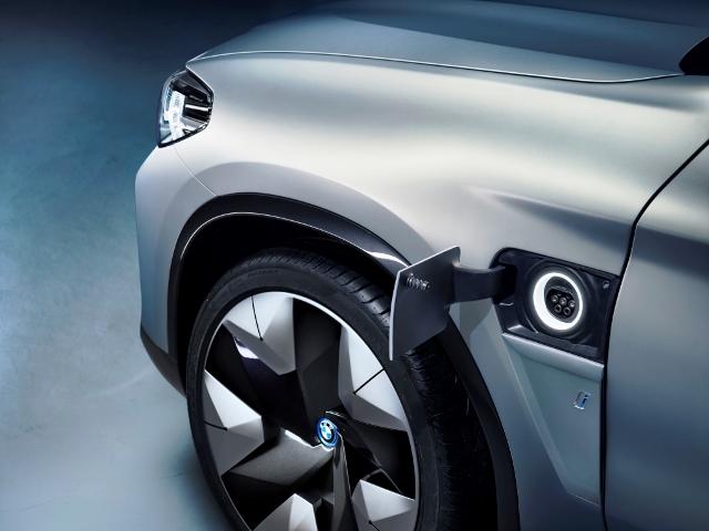 bmw-elektromobilitaet-ix3-design
