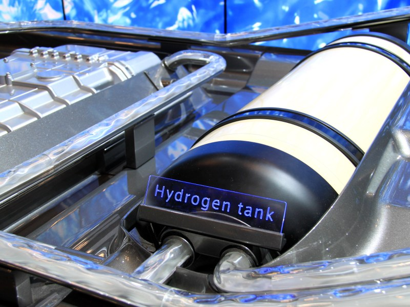 A hydrogen fuel cell at the 2014 New York International Auto Show.