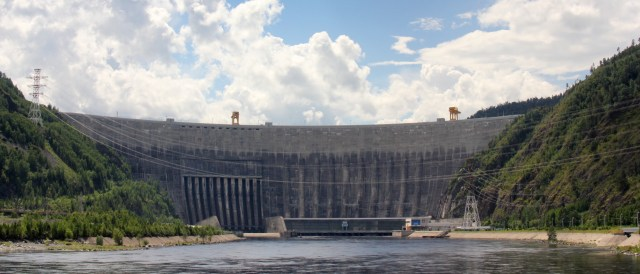 Russia has historically had a high share of hydro power in its electricity mix - other sources of renewables remain underdeveloped. In 2006, Russia had 15MW of wind power capacity, whereas Germany had more than 20.000MW. (Photo by Bubensteyn, CC BY-SA 3.0)