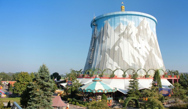"""Germany is becoming a renewable Energie Wunderland - and old powerplants are turned into amusement parks, as was """"Wunderland Kalkar"""". (Photo by mhrs.jp, CC BY-NC 2.0)"""