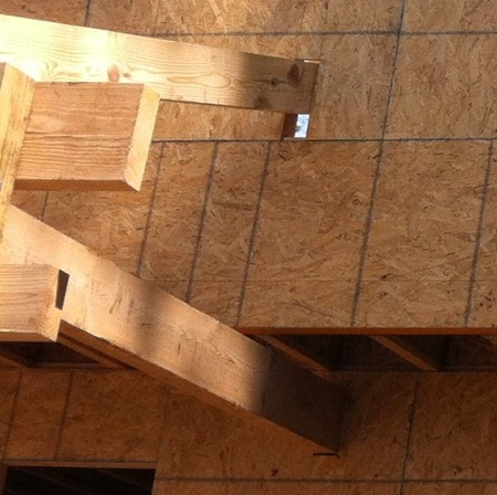 building envelope framing penetration thermal bridging closeup