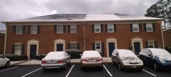 snow-roof-heat-loss-attic-600.jpg