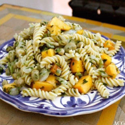 Tallerken med pastasalat