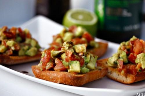 bruschetta med avokado