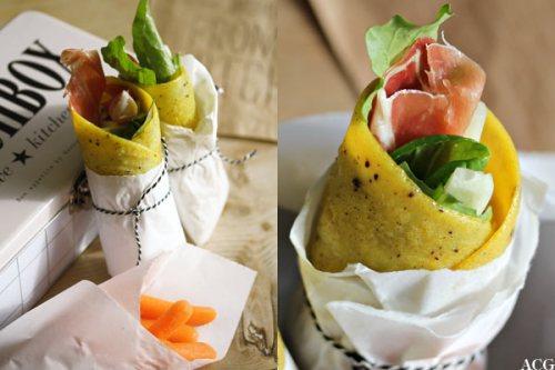 to bilder av omelettwraps
