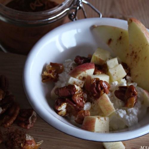 cottage cheese med eple og kanel
