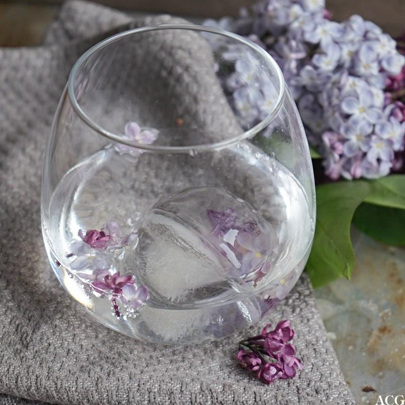 isbiter med blomster