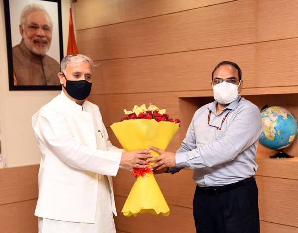 Shri Rao Inderjit Singh takes charge as Union Minister of State in Ministry of Corporate Affairs