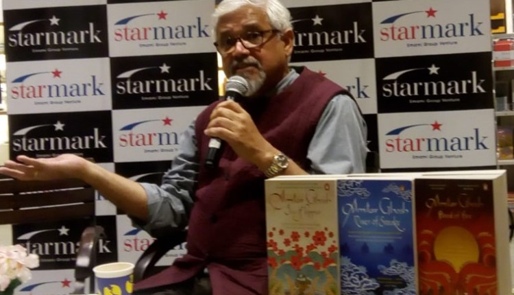 Author Amitav Ghosh Bengali