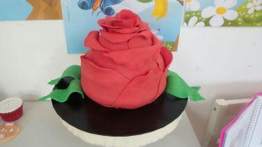 La tarta que sorteaba Cosas de Katy