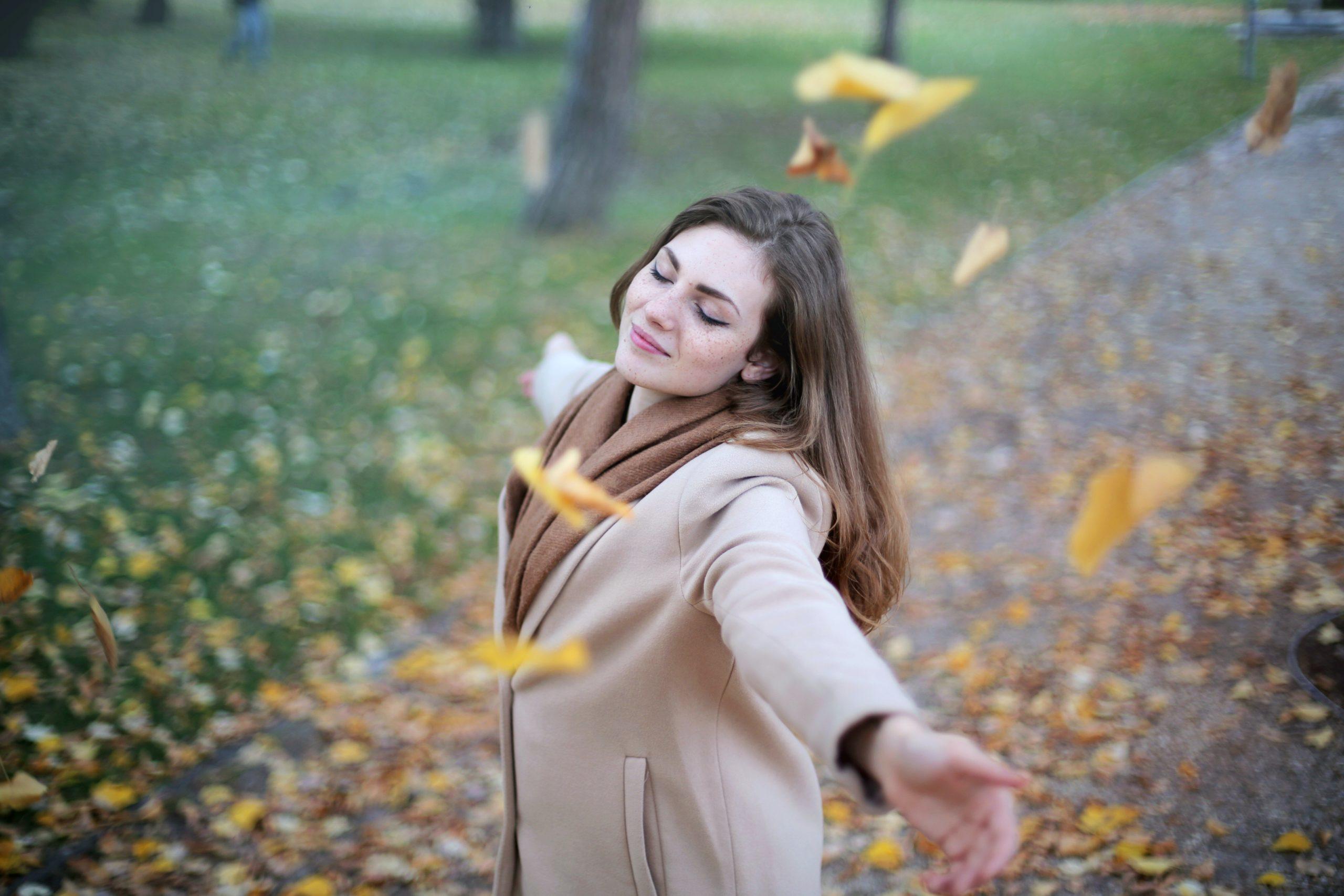 Laissez le vent caresser votre peau, vos cheveux, vos poils et soyez attentif à ce que vous ressentez.