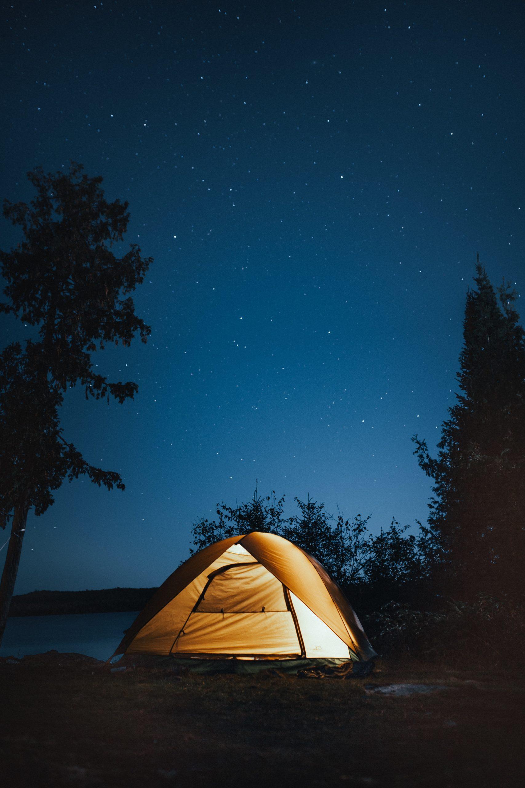 Les nuits en tente sont le meilleur moyen pour renouer avec notre rythme biologique.