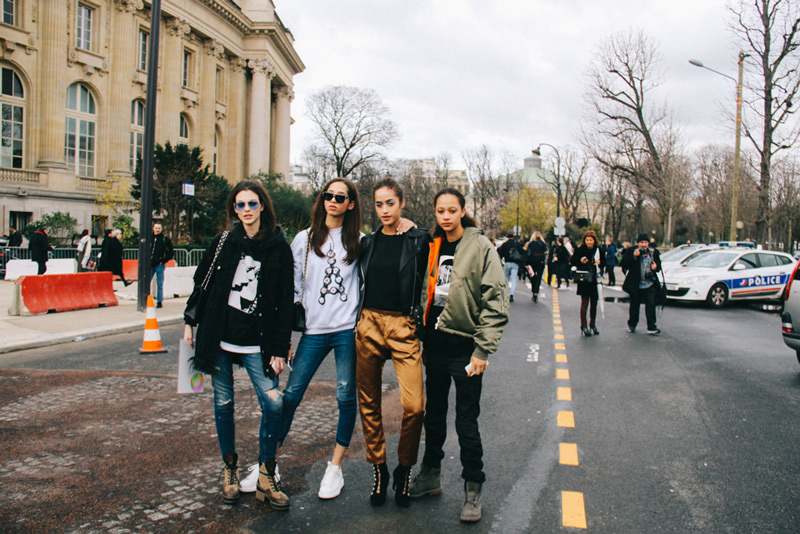 The streets of Paris: after the Chanel show at Grand Palais - Paris Fashion Week F/W 2017