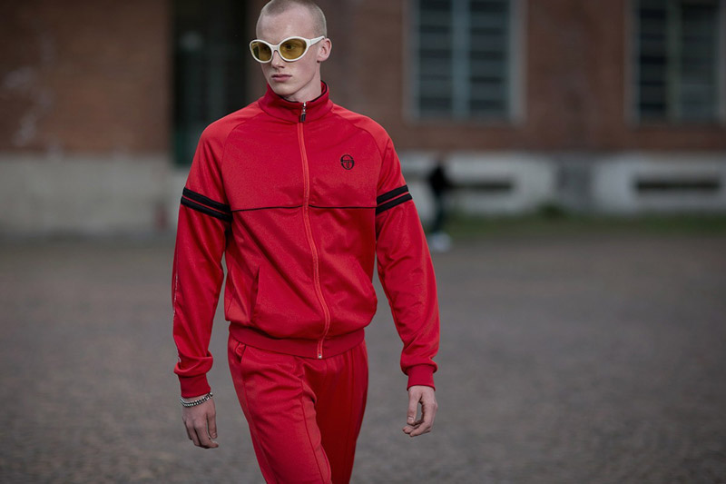 Try these spring style tricks if yours won't work: red track suit