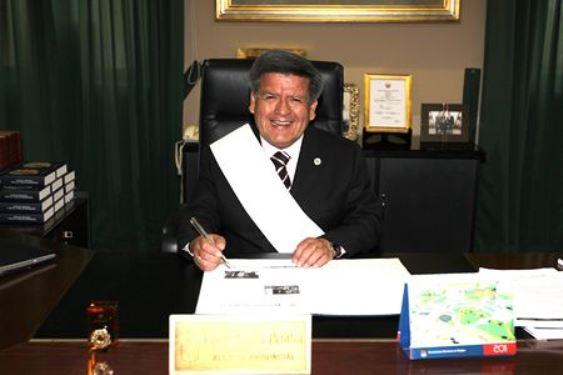 Cesar Acuña (Copiar)