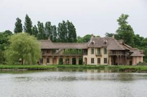 e Hameau de la Reine - Versailles