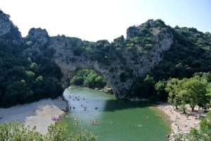 Le fameux Pont d'Arc qui travers les Gorges de l'Ardèche