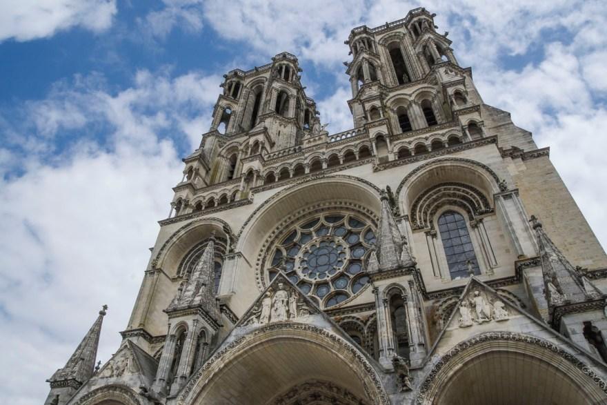 facade de la cathédrale de Laon