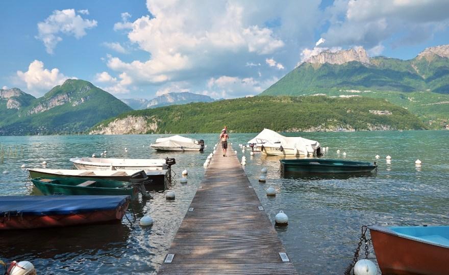 Lac du Bourget ou lac d'Annecy ? 10 critères pour élire votre favori !