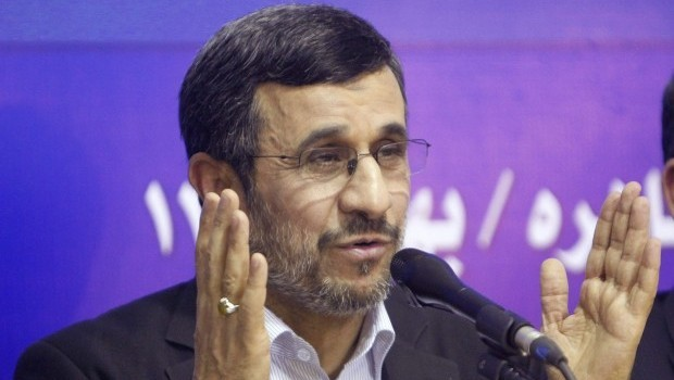 Ahmadinejad passes the buck on nuclear approach