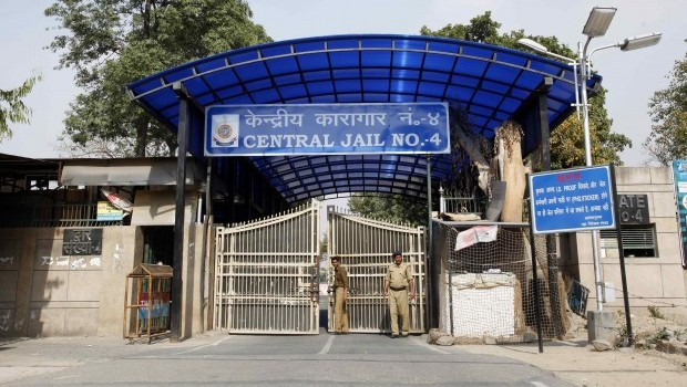Alleged Ringleader in India Gang-Rape Case Found Dead in Cell