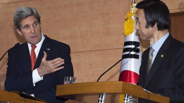 Kerry Says Nuclear North Korea Unacceptable, Advocates Talks
